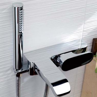LaTorre Woda Cмеситель для ванны настенный 37019